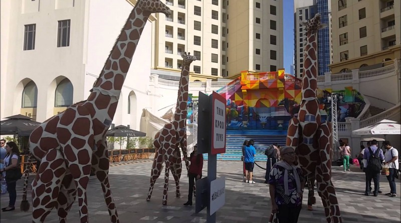 Giraffes at Dubai Canvas 3D Art Festival, JBR Dubai
