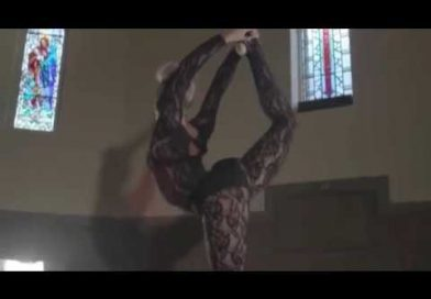 Breathtaking Aerial & Contortion with Lisa